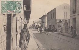 SENEGAL  - CP - UNE RUE DE RUFISQUE / 1 - Senegal