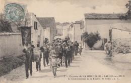 CPA -  Salles Sur Mer - Le Couronnement De La Rosière - Le Défilé - Environs De La Rochelle - France