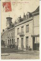 02 - LA FERE / POSTES ET CAISSE D'EPARGNE - France
