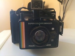 POLAROID SUPER COLOUR SWINGER - Cameras