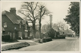 Postcard Addington Village Oldtimer Vor Haus 1956 - Royaume-Uni