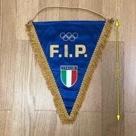 Flag (Pennant / Banderín) ZA000046 - Basketball Italy Federation (Association / Union) FIP Olympics - Habillement, Souvenirs & Autres
