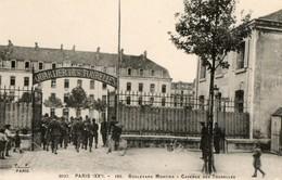 75. CPA. PARIS 20°. Boulevard Mortier. Caserne Des Tourelles. - Arrondissement: 20