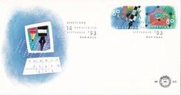 Nederland - FDC - Tien Voor Uw Brieven - Collage Van Potloden En Pen/collage Van Een Envelope - NVPH E313 - Post