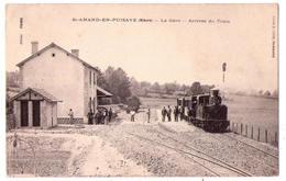 2654 -   Saint-Amand En Puisaye ( 58 ) - La Gare - Arrivée Du Train - Cliché E.Lion -  édit. Foing - - Saint-Amand-en-Puisaye