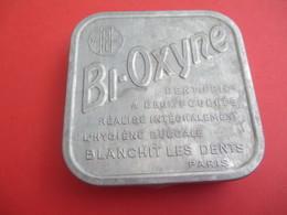 Boite Métallique Ancienne/Bi-oxyne /Dentifrice à Deux Poudres/Blanchit Les Dents / PARIS/Vers 1980-1950 BFPP168 - Boîtes