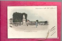CHATEAU-THIERRY LE 1-11-1902 . LA STATUE JEAN DE LA FONTAINE . CARTE COLORISEE AFFR AU VERSO . 2 SCANES - Chateau Thierry
