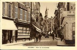 Cpsm Nevers,rue Du Commerce, Au Négus Pâtisserie, Voiture Ancienne - Nevers
