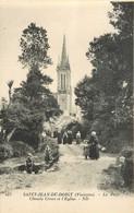 Saint Jean Du Doigt * Chemin Creux Et L'eglise - Saint-Jean-du-Doigt
