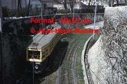 Reproduction D'une Photographie Du Tramway 1200 Ligne 68 Au Tunnel De Noailles à Marseille En 1963 - Reproductions