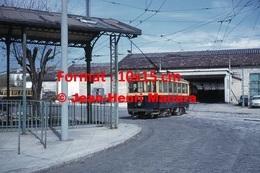 Reproduction D'une Photographie Du Tramway 1200 Ligne 68 Sortant Du Dépôt à Marseille En 1963 - Reproductions