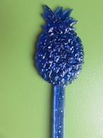219 - Touilleur - Agitateur - Mélangeur à Boisson - L'Alsacienne - Ananas Bleu - Swizzle Sticks
