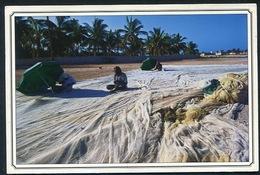 Sultanate Of Oman - TAQAH , DHOFAR - Fishers Preparing For Fishing - Oman