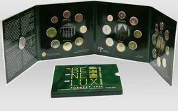 M/MS41 EUROSET BENELUX 2005 24 Pièces + 1 Médaille (Prix D'émission: 60 Euro) - Belgique