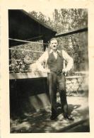 PHOTO ORIGINALE 1944  NOTEE AU VERSO IN DEUTSCHLAND DEINE WALNUNG FORMAT  9 X 6.5 CM - War, Military