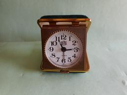 REVEIL DE LUXE GERMANY  Clock Uhr Orologio Reloj 时钟 Ur Klok Hodiny ρολόι Klocka Zegar Relógio  ///////////// - Alarm Clocks