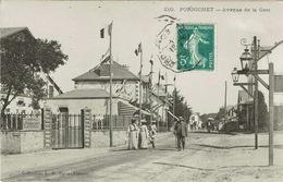 Pornichet (23), Avenue De La Gare. Superbe Carte, Belle Animation - Pornichet