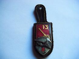 PUCELLE ANCIEN INSIGNE  Armée Terre 13° Regiment Genie Char - Army & War