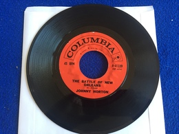 """45 RPM Columbia Record: """"The Battle Of New Orleans"""" & """"All For The Love Of A Girl"""" Johnny Horton - Rock"""