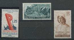 Trois Jolis Timbres Entre 1952-1957  Neufs Sans Charnière - 6. 1946-.. Republic