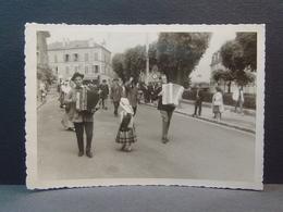 Brunoy Fêtes Le 14 Juin 1964 Le Périgord - Lieux
