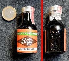 Ancienne Mignonnette De La Liqueur Italienne BETTY Au Café : Caffé Sport 20ml - Mignonnettes