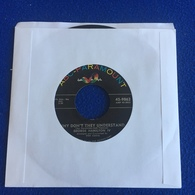 """45 RPM: ABC Paramount Record George Hamilton IV """" I Know Where I'm Going"""" """"...Taking To Prom"""" - Rock"""