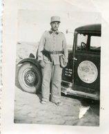 PHoto D'un Soldat Du 34 ème Régiment Près D'un Véhicule Militaire - Guerre, Militaire