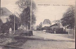 MOSELLE – BOULAY-MOSELLE – Rue De Metz – Sortie De La Gare - Autres Communes