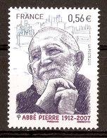 2010 - Abbé Pierre - Fondateur Emmaus (1912-2007) N°4435 - France