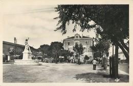 PORT-SAINT-LOUIS-DU RHONE PLACE DES POILUS 13 - France
