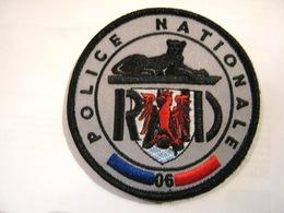 ECUSSON TISSUS PATCH POLICE NATIONALE LE RAID ANTENNE RÉGIONALE DU 06 ETAT EXCELLENT SUR VELCROS - Police