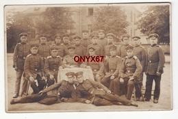 Carte Postale Photo Militaire Allemand STRASBOURG (Bas-Rhin) 14 Fuss. Artillerie  Soldaten - 14 Juillet 1916 - Régiments