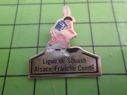 1118a Pin's Pins / Rare Et De Belle Qualité / THEME SPORTS : LIGUE DE SQUASH ALSACE FRANCHE-COMTE - Tennis