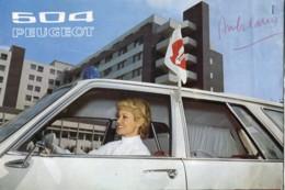 Dépliant Cartonné De 6 Pages De Présentation De La Peugeot 504 Ambulance - Voitures