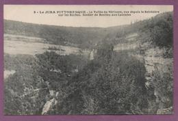 La Vallée Du Hérisson, Vue Depuis Le Bélvedère Sur Les Roches - Sentier De Bonlieu Aux Cascades - France