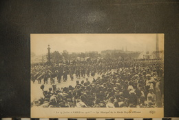 CP, Militaria, Le 14 Juillet à Paris En 1916 La Musique De La Garde Royale D'Ecosse Edition ELD - Oorlog 1914-18