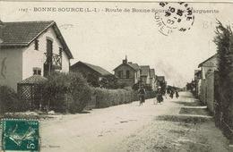 Pornichet (60), Route De Bonne-Source à Ste-Marguerite, 2 Petits Trous De Punaise, Sinon Très Jolie Carte - Pornichet