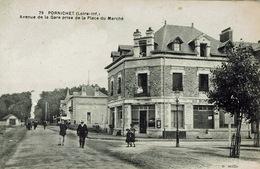 Pornichet (74), Avenue De La Gare Prise De La Place Du Marché, Jolie Carte - Pornichet