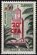REUNION CFA Poste 351 ** MNH TLEMCEN (Algérie) La Grande Mosquée Moschee Moschea Mosque (CV 19 €) - Mosques & Synagogues