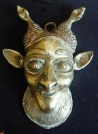 Art Africain. Bronze Du Cameroun Années 50. Hauter 15cm - Largeur 11cm - Arte Africano