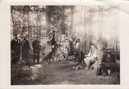 Photo 14-18 Soldats Avec Leur Cuisine Roulante En Forêt (A200, Ww1, Wk 1) - Guerre 1914-18