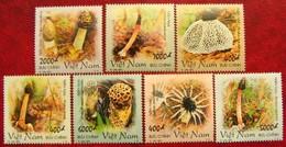 Vietnam 2001  Mushrooms  7 V    MNH - Mushrooms