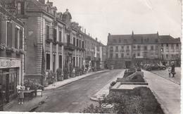 MONTCEAU Les MINES  Place De La Gare - Montceau Les Mines
