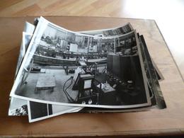 Lot 18 Photos Dont Doubles CNRS Institut Balise Chatillon 18 X 23 Sauf Une 19 X17 - Albums & Collections