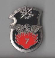 INSIGNE 7 RMAT Régiment Du Matériel - DELSART G 3285 - Armée De Terre