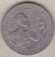 Banque Des Etats De L'Afrique Centrale. 500 Francs 1977 B Republique Centrafricaine - Repubblica Centroafricana