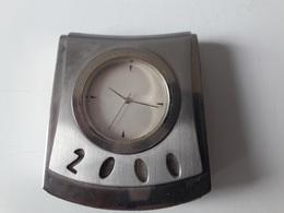 RARE :  MONTRE DE BUREAU LEVIS 2000 ( COLLECTOR ) - Advertisement Watches