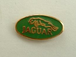 Pin's JAGUAR - LOGO - Jaguar