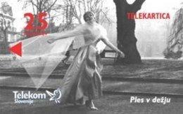 SLOVENIA SCHEDA TELEFONICA 100 Years Of Film In Slovenia - Dancing In The Rain - CINEMA - Schede Telefoniche